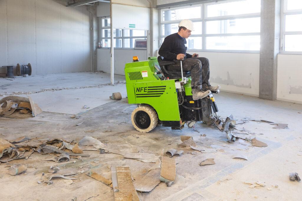 plavuizen vloer verwijderen